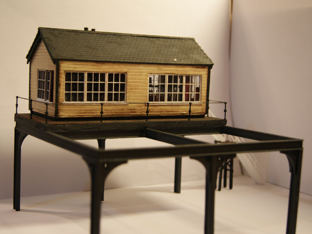 Signal box on legs assembled and painted by Claire and Martin Gilmore. Uses windows made by LCUT creative. Submitted by Claire and Martin Gilmore on 16th March 2015