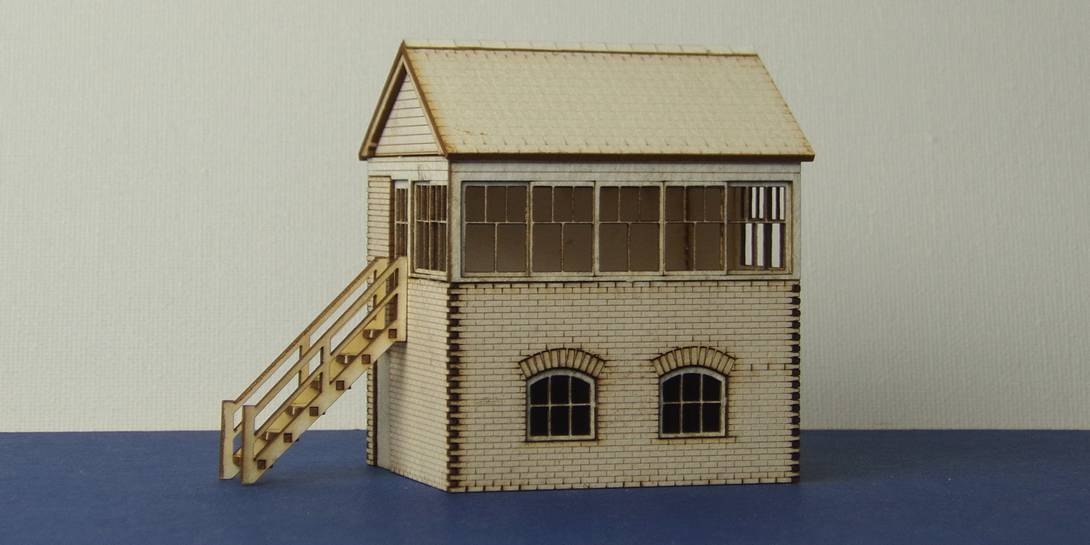 B 00-03 Small signal box with left and right stairs options