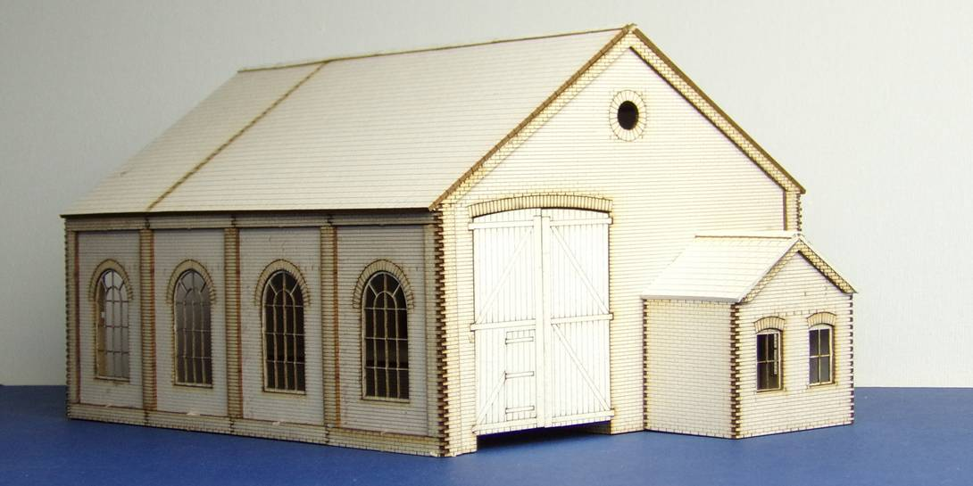 B 00-11 OO gauge goods shed with office