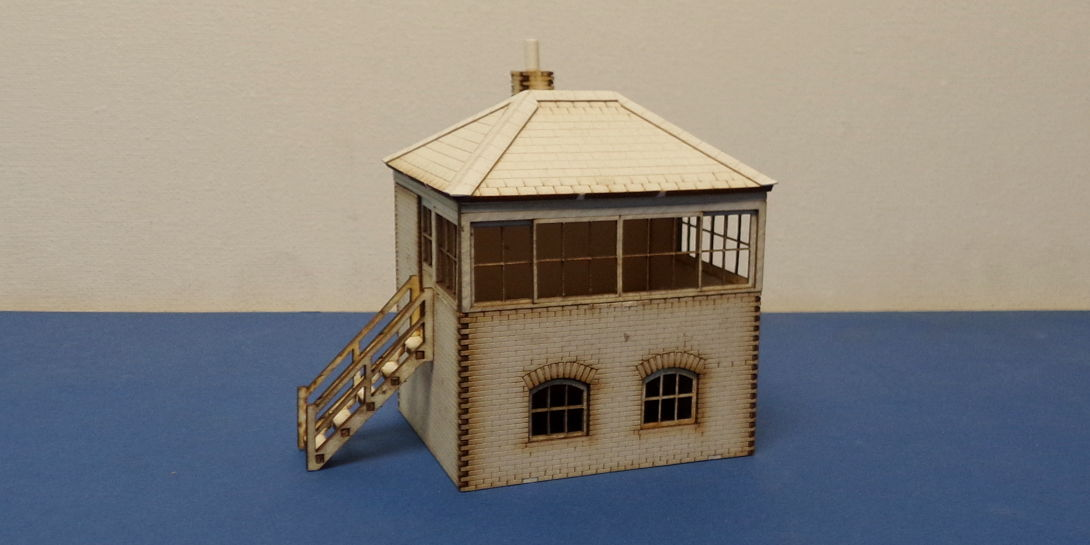 B 00-33 OO gauge Small L&CR/LMS signal box with L&R stairs options