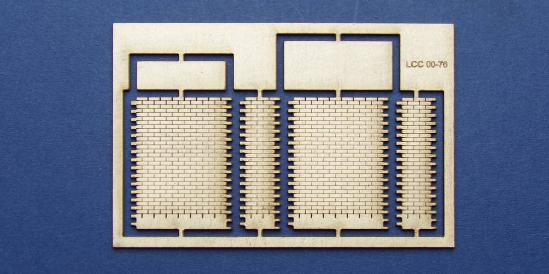 LCC 00-76 OO gauge bridge parapet pier