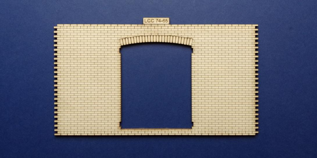 LCC 74-65 O gauge warehouse gate panel