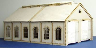 LCC B 00-10 OO gauge medium double track engine shed with round windows