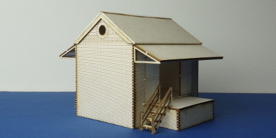 LCC B 00-13 OO gauge small goods shed