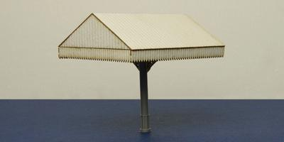 B 00-28E OO gauge canopy - end section
