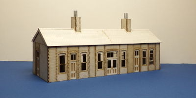 B 70-21 O gauge Early 20th century country Railway Station type 1