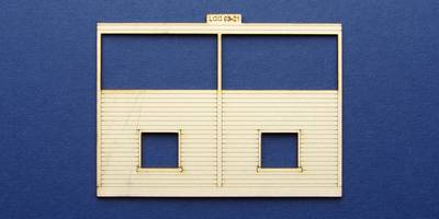 LCC 03-21 OO gauge medium signal box front wall wooden type