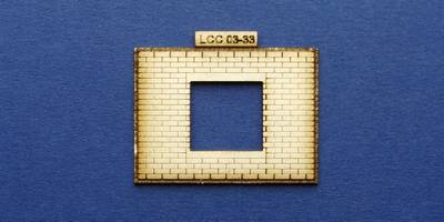 LCC 03-33 OO gauge large signal box front elevation windows