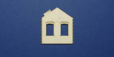 LCC 04-35 OO gauge gabled wall for goods shed office with windows