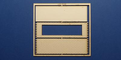 LCC 70-95 O gauge parapet and deck kit for retaining wall