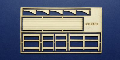 LCC 73-31 O gauge medium signal box small balcony