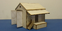 B 00-36 OO gauge small drive through goods shed