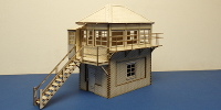 B 70-27L O gauge SR style signal box - left stairs